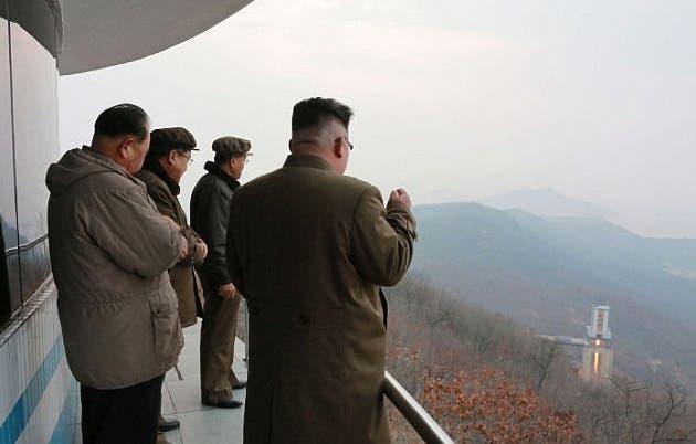در حال تماشای شلیک یک موشک با کلاهک اتمی