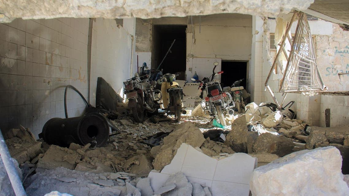 A picture taken on April 4, 2017 shows destruction at a hospital in Khan Sheikhun, a rebel-held town in the northwestern Syrian Idlib province, following a suspected toxic gas attack. A suspected chemical attack killed dozens of civilians including several children in rebel-held northwestern Syria, a monitor said, with the opposition accusing the government and demanding a UN investigation. Omar haj kadour / AFP