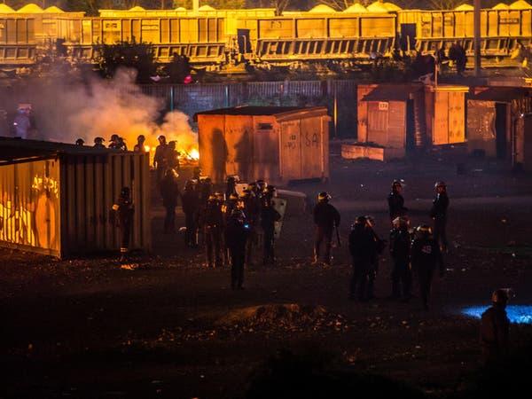 فرنسا.. اشتباكات بالأسلحة البيضاء وحريق بمخيم للاجئين