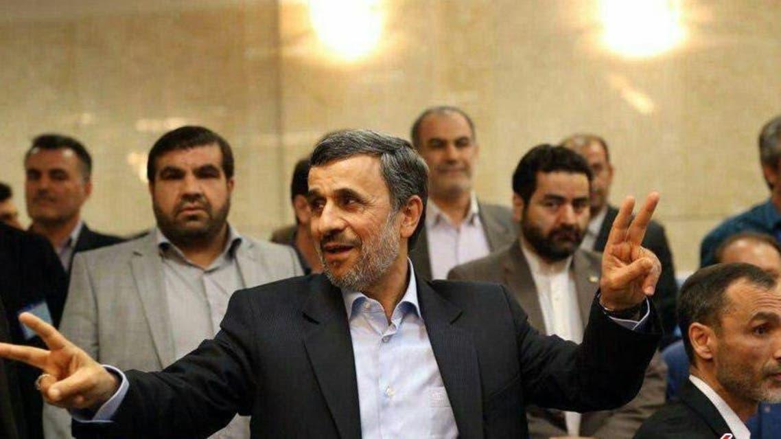 أحمدي نجاد يترشح