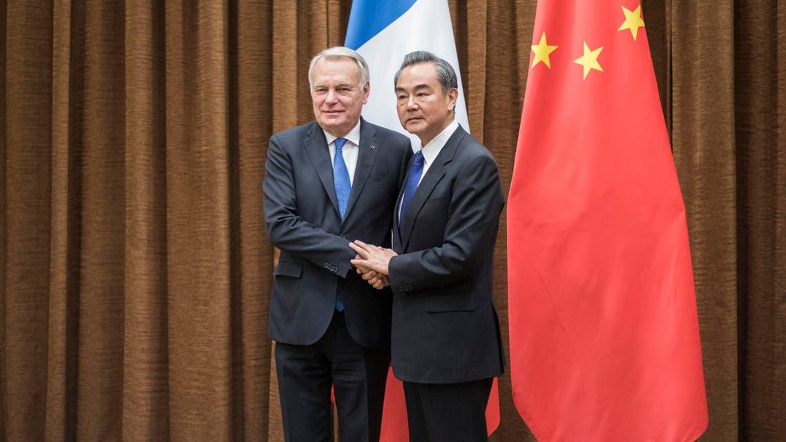 لقاء وزير الخارجية الفرنسي إيرولت و وزير الخارجية الصيني وانغ يي في بكين