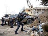 مسؤول: أسقطوا التمر على الأحياء المحاصرة بالموصل