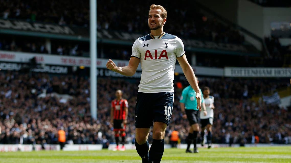 """Britain Soccer Football - Tottenham Hotspur v AFC Bournemouth - Premier League - White Hart Lane - 15/4/17 Tottenham's Harry Kane celebrates scoring their third goal Action Images via Reuters / Paul Childs Livepic EDITORIAL USE ONLY. No use with unauthorized audio, video, data, fixture lists, club/league logos or """"live"""" services. Online in-match use limited to 45 images, no video emulation. No use in betting, games or single club/league/player publications. Please contact your account representative for further details. Reuters"""