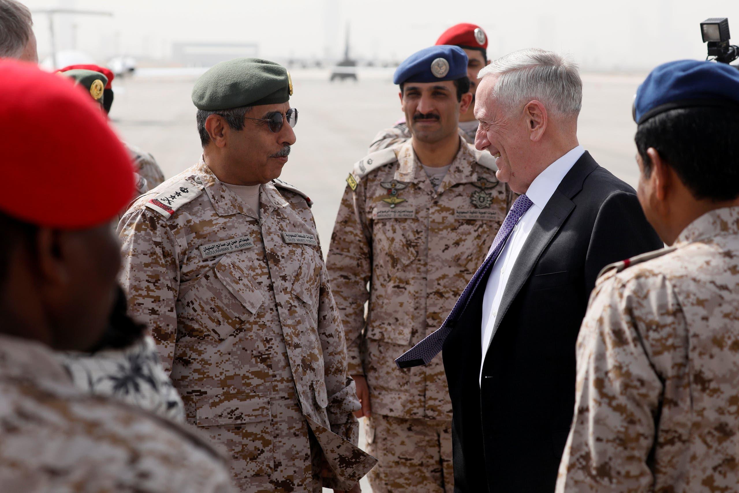 رئيس هيئة الأركان السعودي عبدالرحمن البنيان كان في استقبال ماتيس