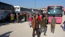 """قوافل المهجرين متوقفة بانتظار إفراج الأسد عن """"معتقلين"""""""