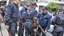 الأمن الجزائري يطلق سراح مراسل ومصور العربية