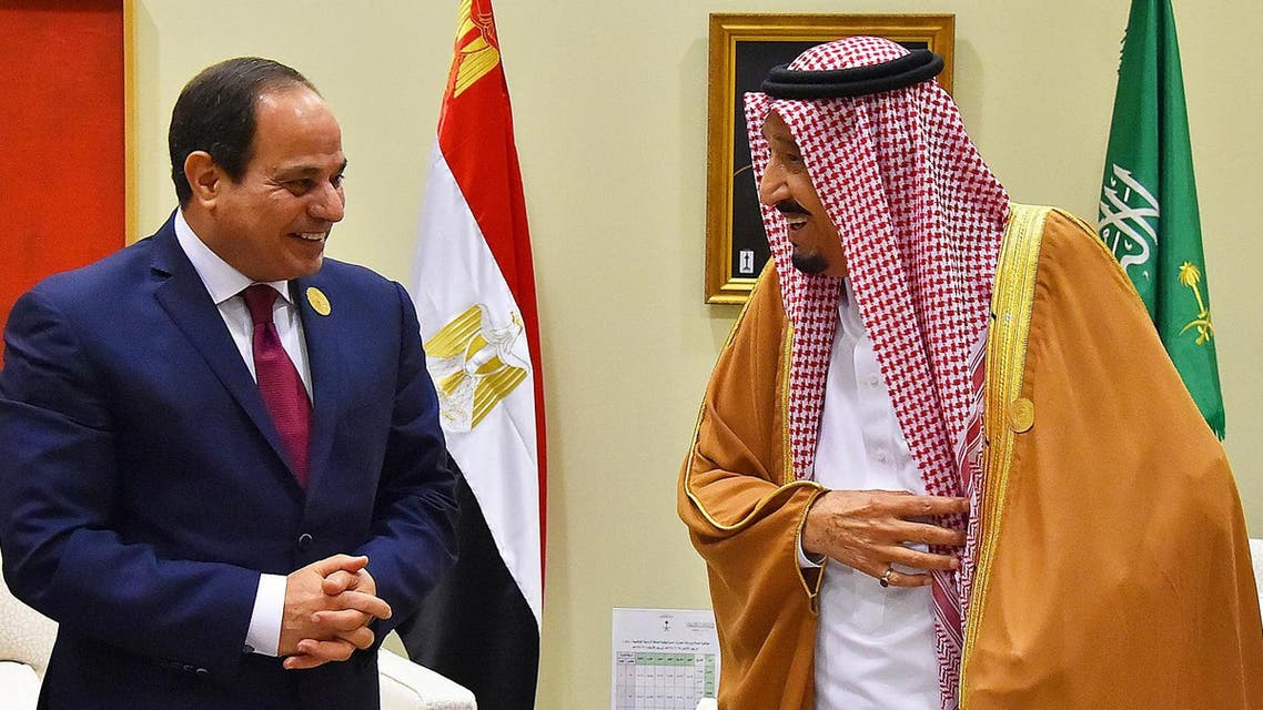 Egypt's President Abdel Fattah al-Sisi meeting with Saudi Arabia's King Salman on the sidelines of the Arab League summit in the Jordanian Dead Sea resort of Sweimeh on March 29, 2017. (AFP)