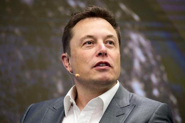 إيلون ماسك مؤسس شركة تسلا ورئيسها التنفيذي
