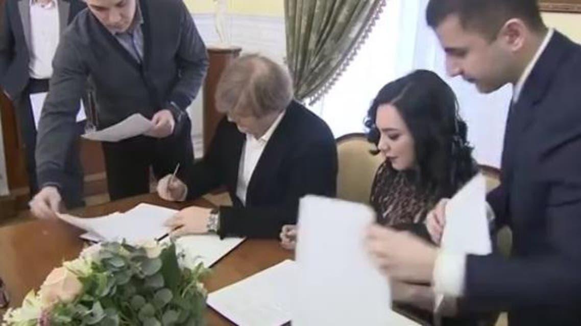 بمشاركة سلاف فواخرجي.. وزير روسي يرعى فيلماً عن سوريا