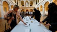 فتح مراكز الاقتراع أمام الناخبين للرئاسة الفرنسية