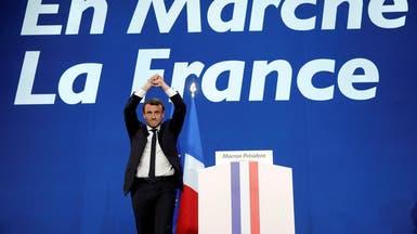 مسؤولون أوروبيون يتمنون فوز ماكرون ويباركون له بالتأهل