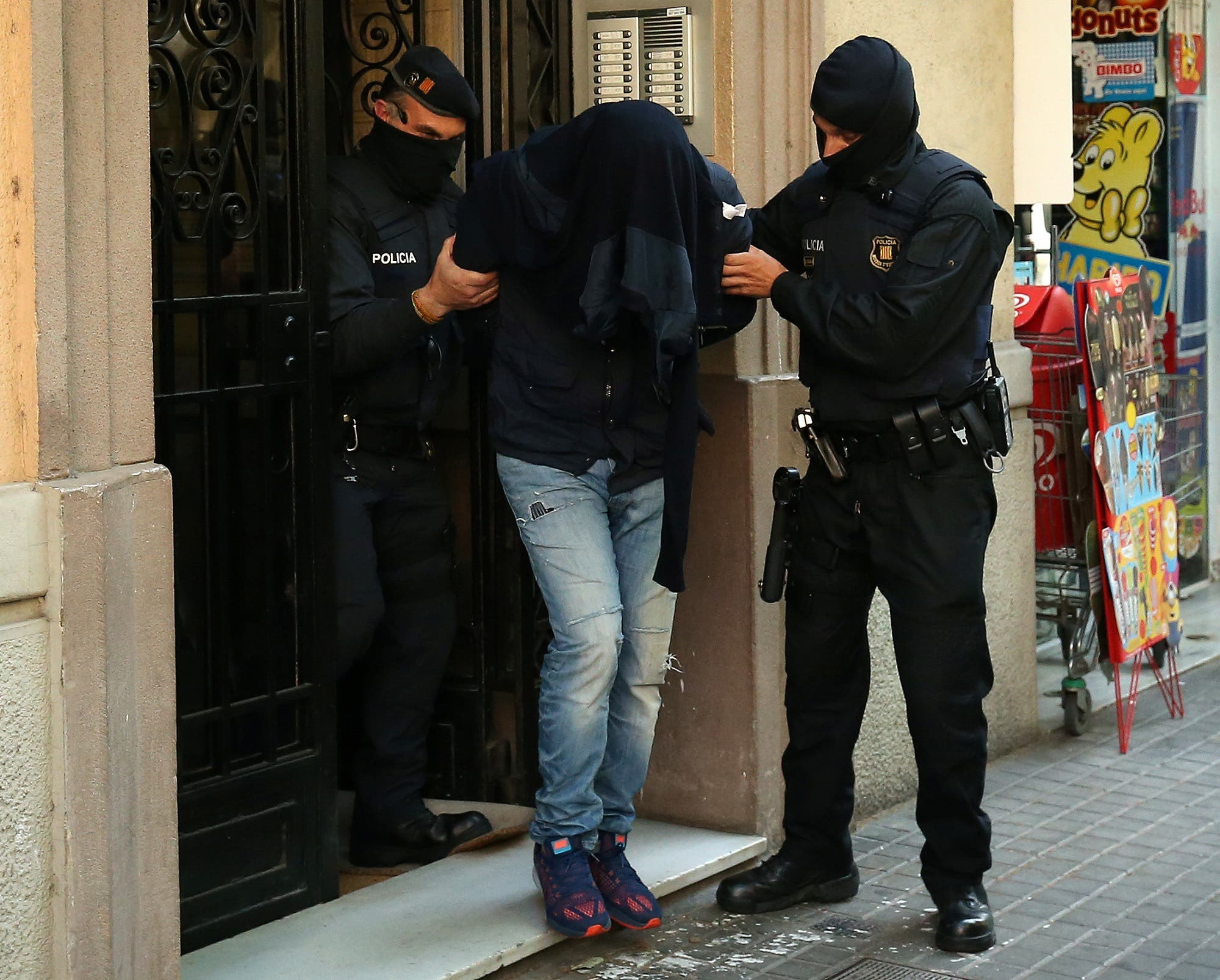 Sweeping operation against extremist militants in which eight people were arrested in Spain. (Reuters)