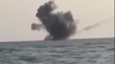 الجيش اليمني يدمر زورقاً للحوثي قبالة سواحل ميدي