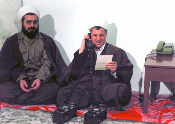 حسن روحاني إلى جانب هاشمي رفسنجاني أثناء الحرب العراقية الإيرانية