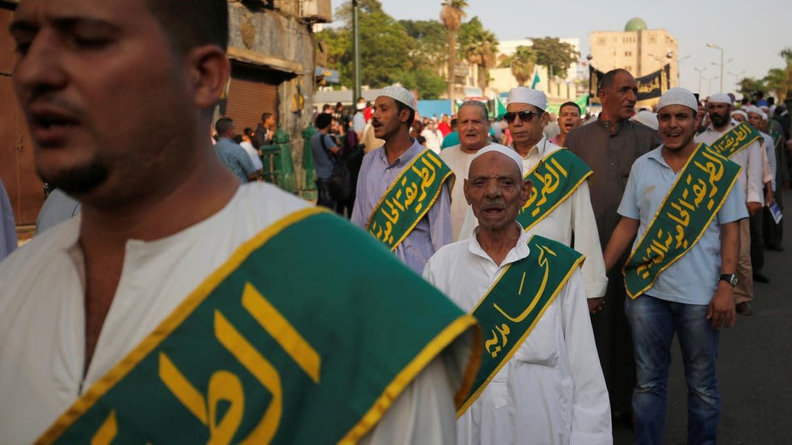 Egyptian Sufi Muslims march to celebrate the New Islamic Hijri year 1438 in Al Azhar district of old Islamic Cairo, Egypt October 2, 2016. (Reuters)