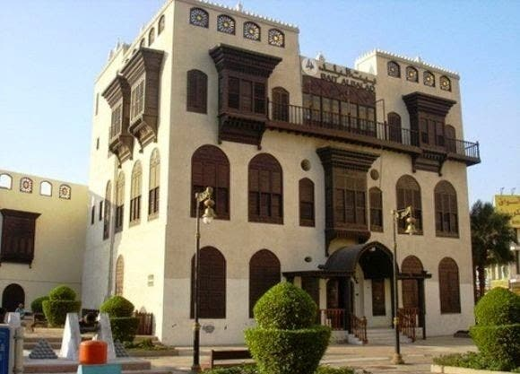 Al-Rawashin still stands tall in the city of Jeddah