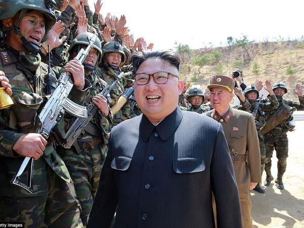 شاهد كيف استخدمت كوريا أسلحة وهمية ودمى بعرضها العسكري