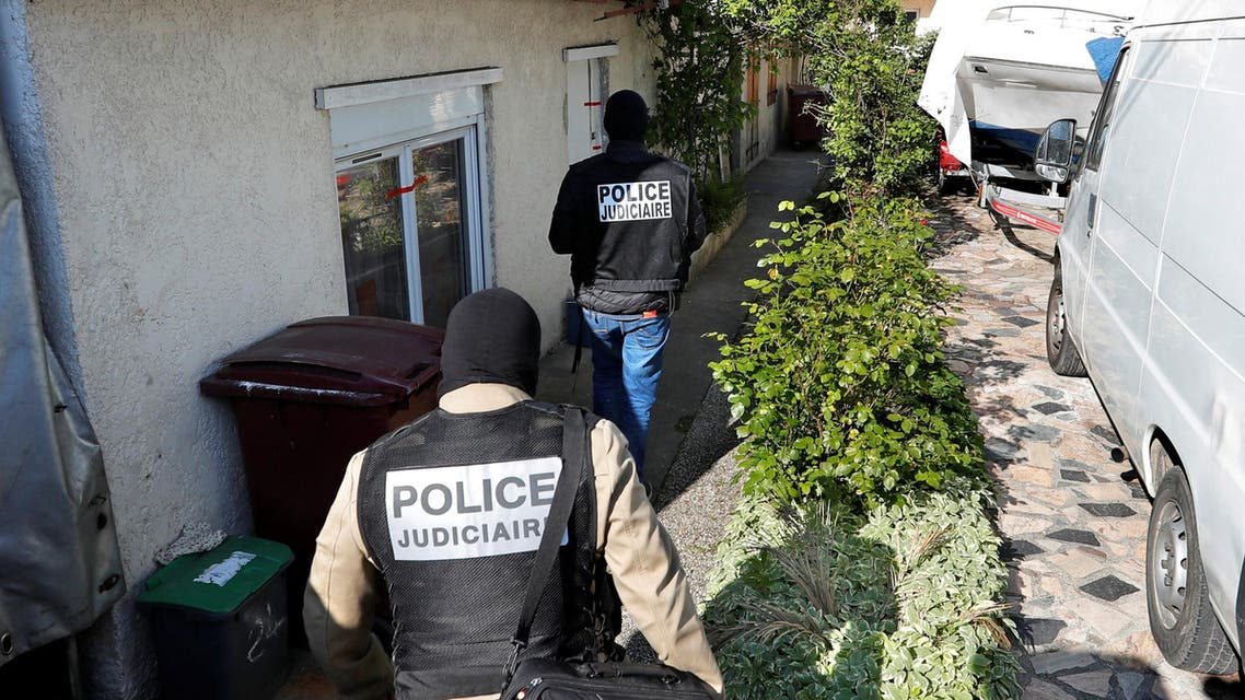 French police arrive at the house of the gunman killed in a shootout with police on the Champs Elysees Avenue, in the Paris suburb of Chelles, France, April 21, 2017. (Reuters)