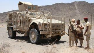 معركة الحديدة.. الشرعية في حيس والحوثي يدفع بتعزيزات