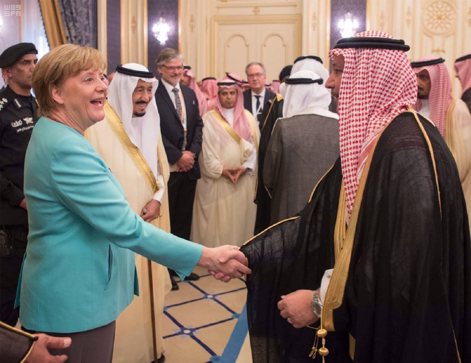 An official reception ceremony was held for Chancellor Merkel