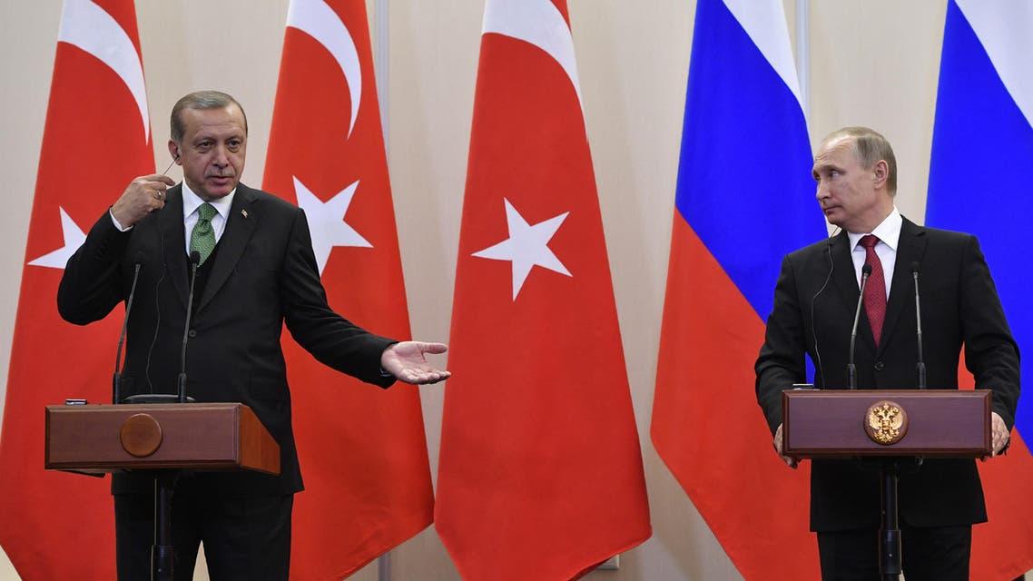 أردوغان و بوتين خلال المؤتمر الصحافي في سوتشي في روسيا 3-5-2017