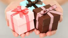 أيهما أصعب.. انتقاء هدية للرجل أم للمرأة؟