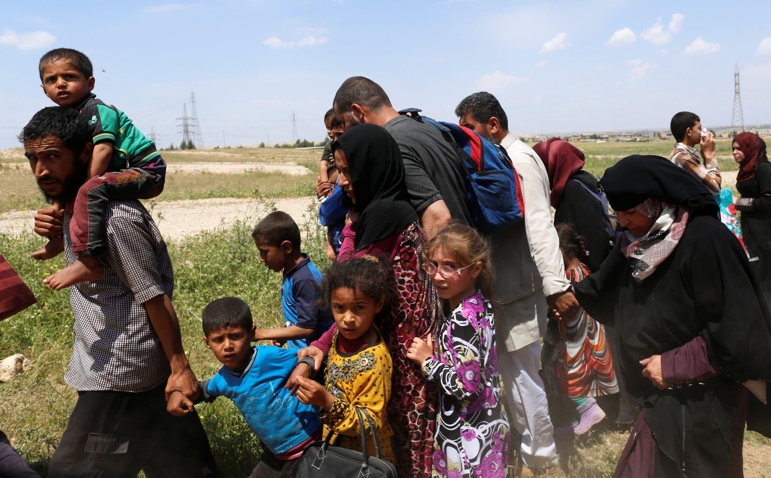 نازحون من غرب الموصل(أرشيفية)