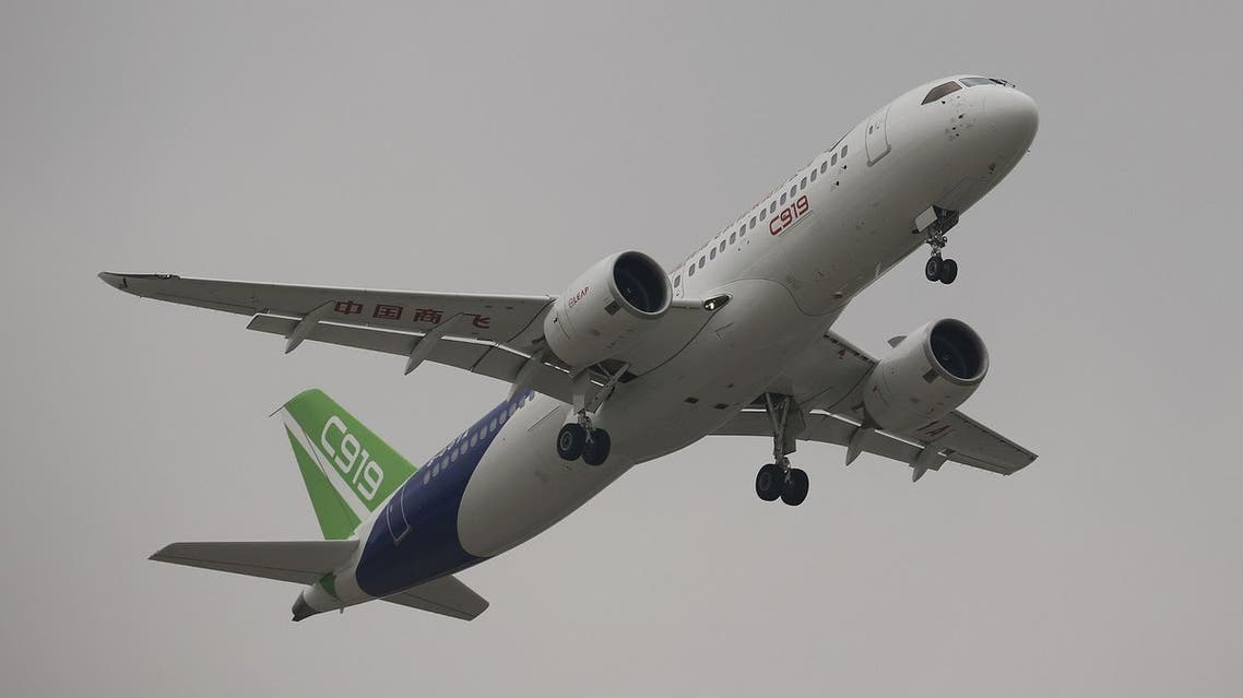 China's home-grown C919 passenger jet takes off on its first flight at Pudong International Airport in Shanghai, China May 5, 2017. (Reuters)