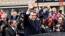 من هو ماكرون أصغر رئيس فرنسي يدخل قصر الإليزيه؟