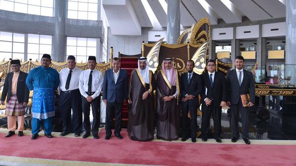 السعودية تعزز التفاهم الدولي حول تمديد اتفاق النفط