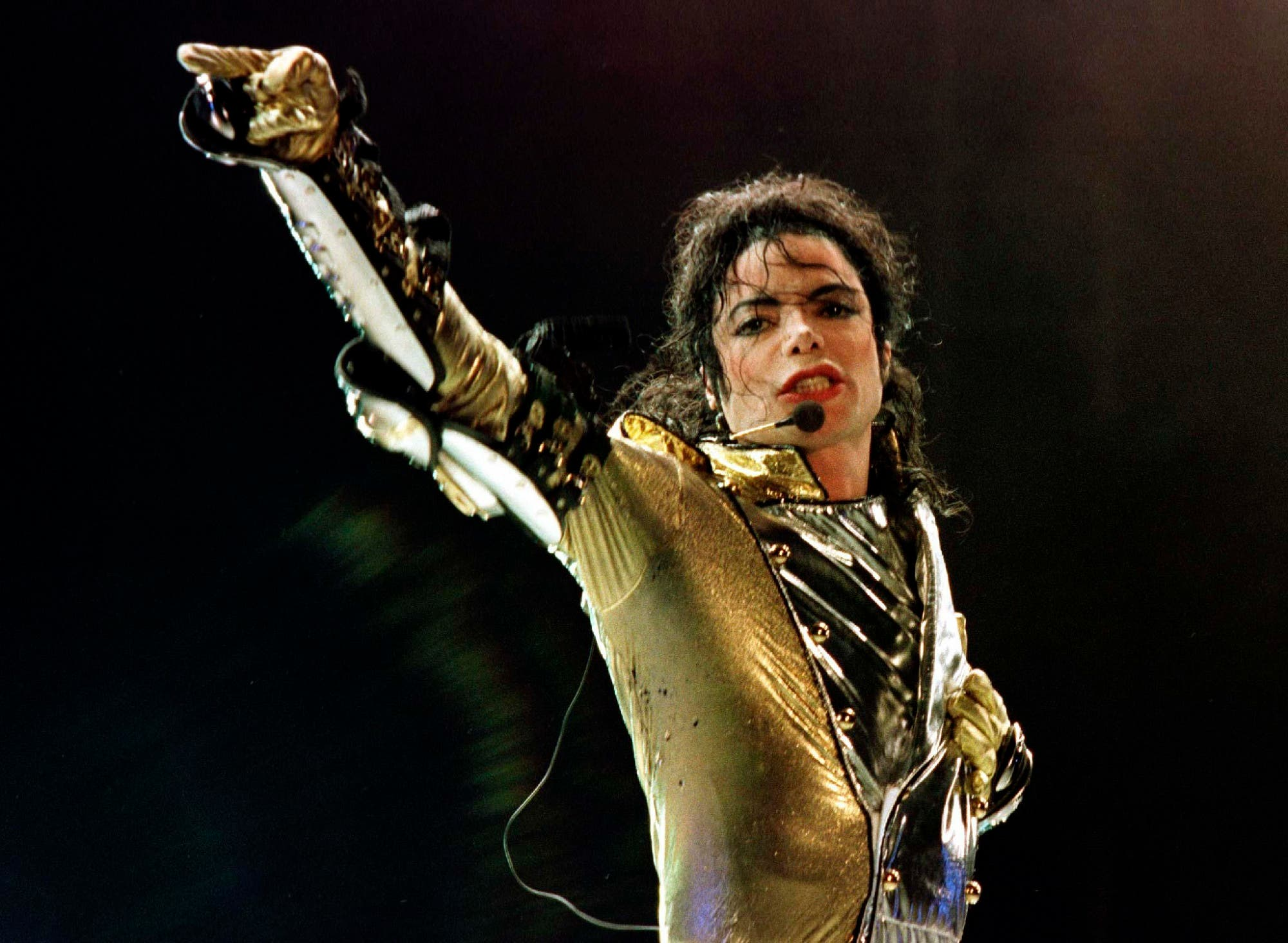 US popstar Michael Jackson performs during his HIStory World Tour concert in Vienna, on July 2, 1997. (Reuters)