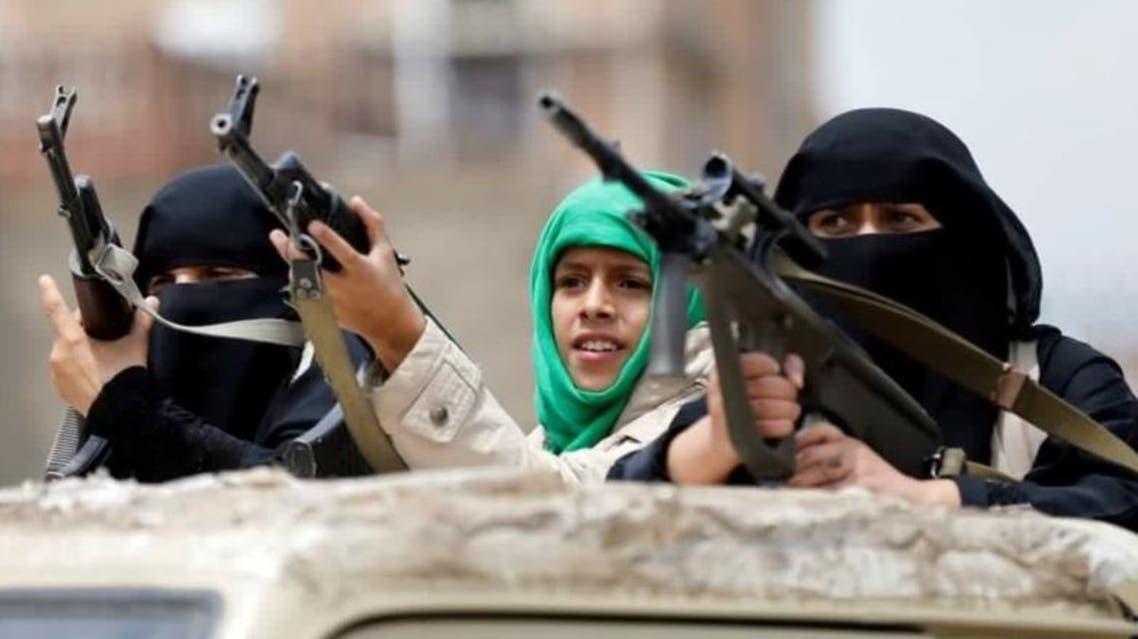 ميليشيات الحوثي تجند النساء