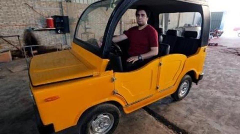 مصري يصنع عربة تنافس التوك توك واسع الانتشار