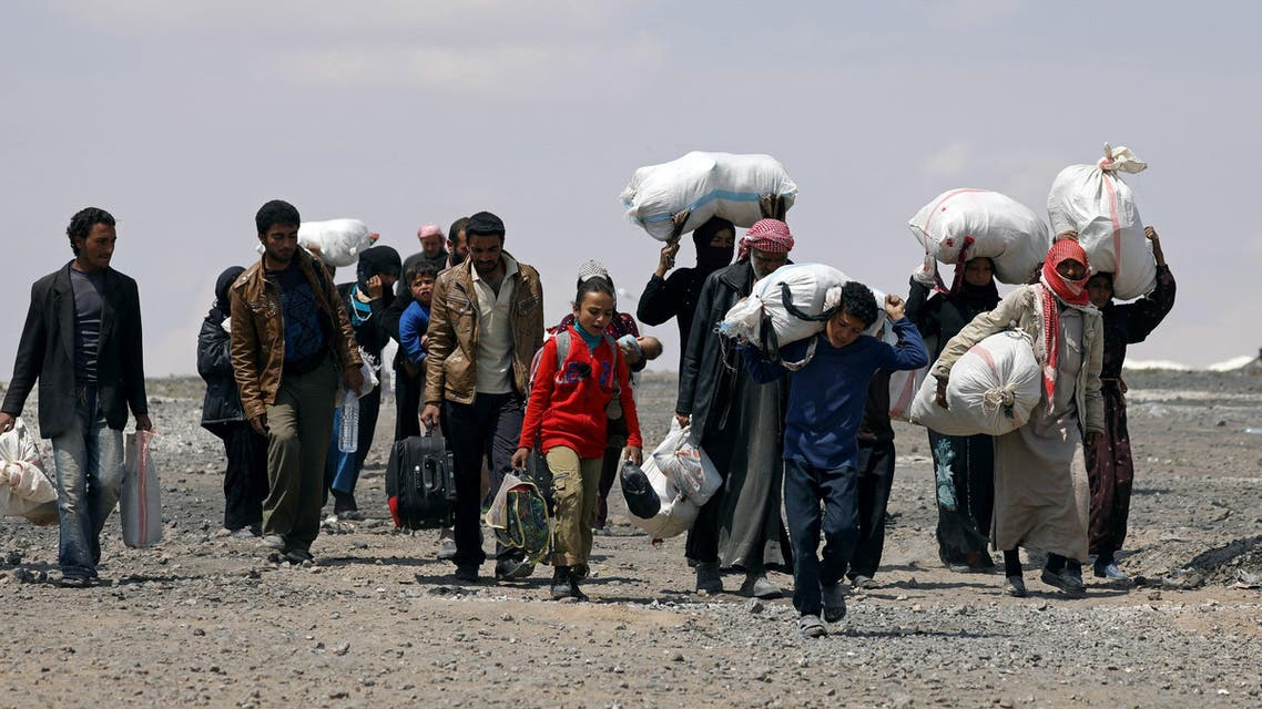 people fleeing syria reuters