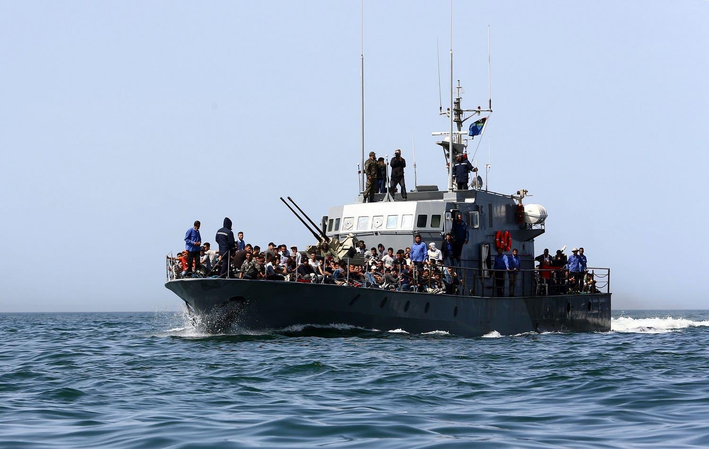 مهاجرون قبالة سواحل طرابلس