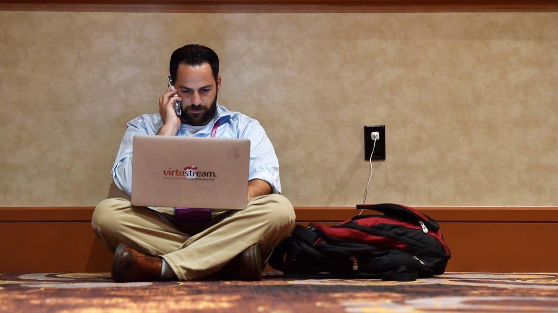 laptop reuters
