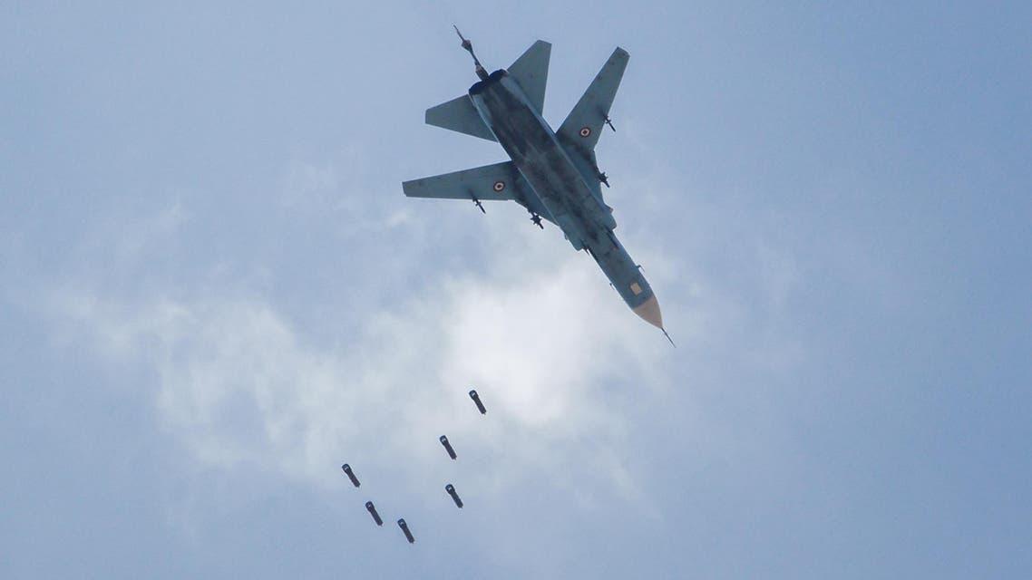 طائرة مقاتلة تابعة لـ النظام السوري في قصف على القابون في دمشق  في 6-5-2017