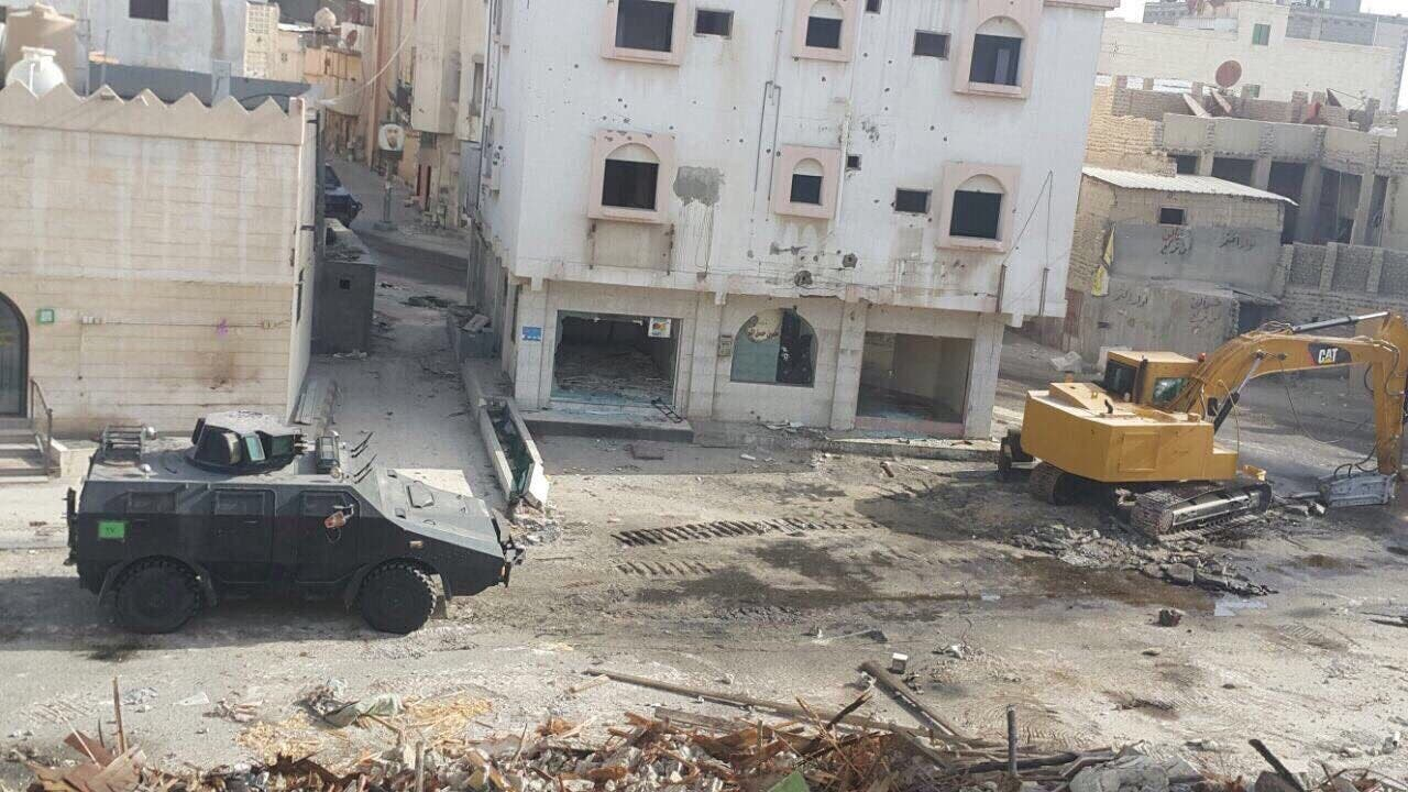 The shooting also damaged construction equipment for the demolition of dilapidated houses