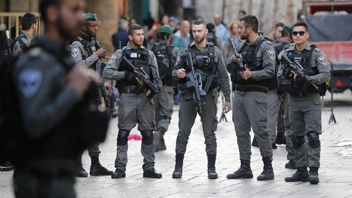 Israeli security forces stand guard at the site of a stabbing attack in Jerusalem's Damascus Gate on April 1, 2017. (File photo: AFP)