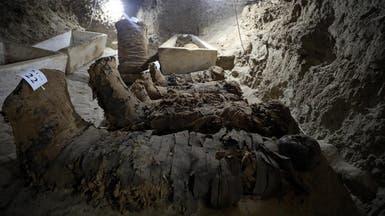 بالصور.. مصر تكشف عن 28 مومياء في سراديب بالمنيا