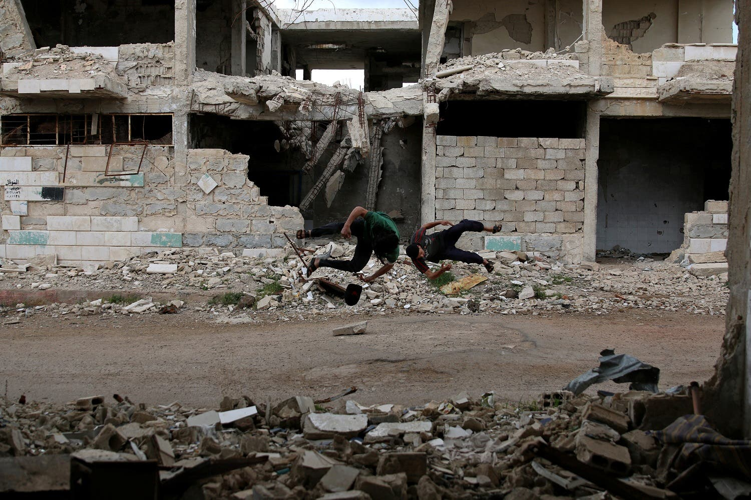 Syrian youth find freedom in parkour