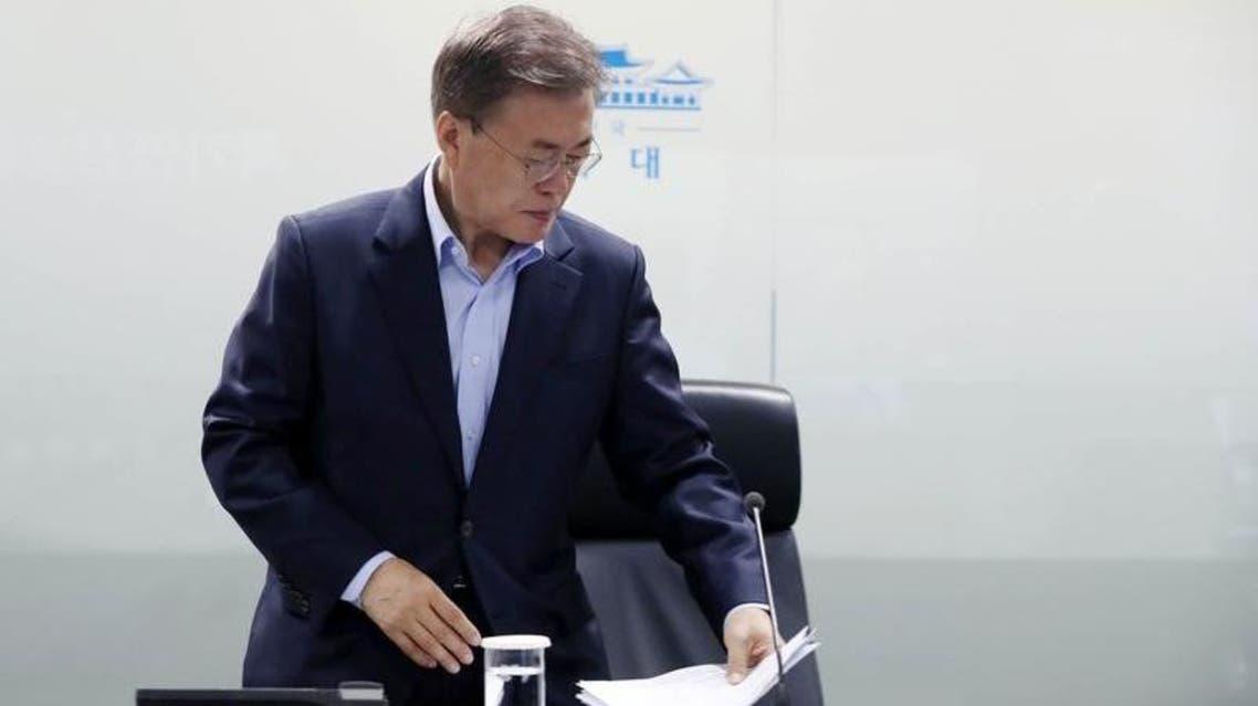 رئيس كوريا الجنوبية الجديد يرأس اجتماعا لمجلس الأمن القومي في العاصمة سول 14-5-2017