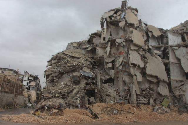 ونشر صورة منزل مهدّم في حلب جراء القصف الجوي