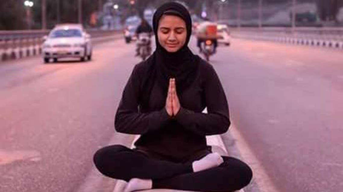 This Egyptian girl is challenging traditions by practicing yoga publicly