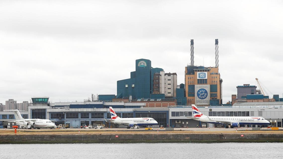 London City airport, now undergoing a $455 mln expansion, is located near the Canary Wharf in east London and used by over 4.5 mln passengers. (Reuters)