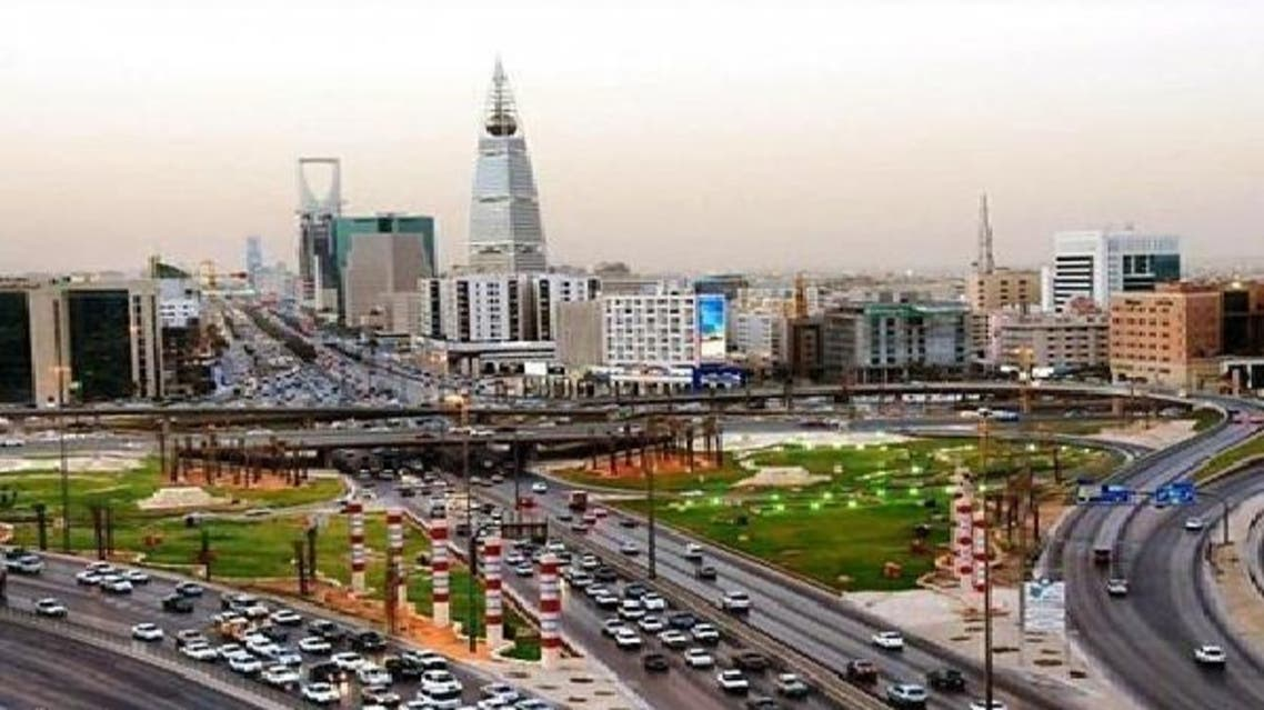 حركة المرور في شوارع الرياض