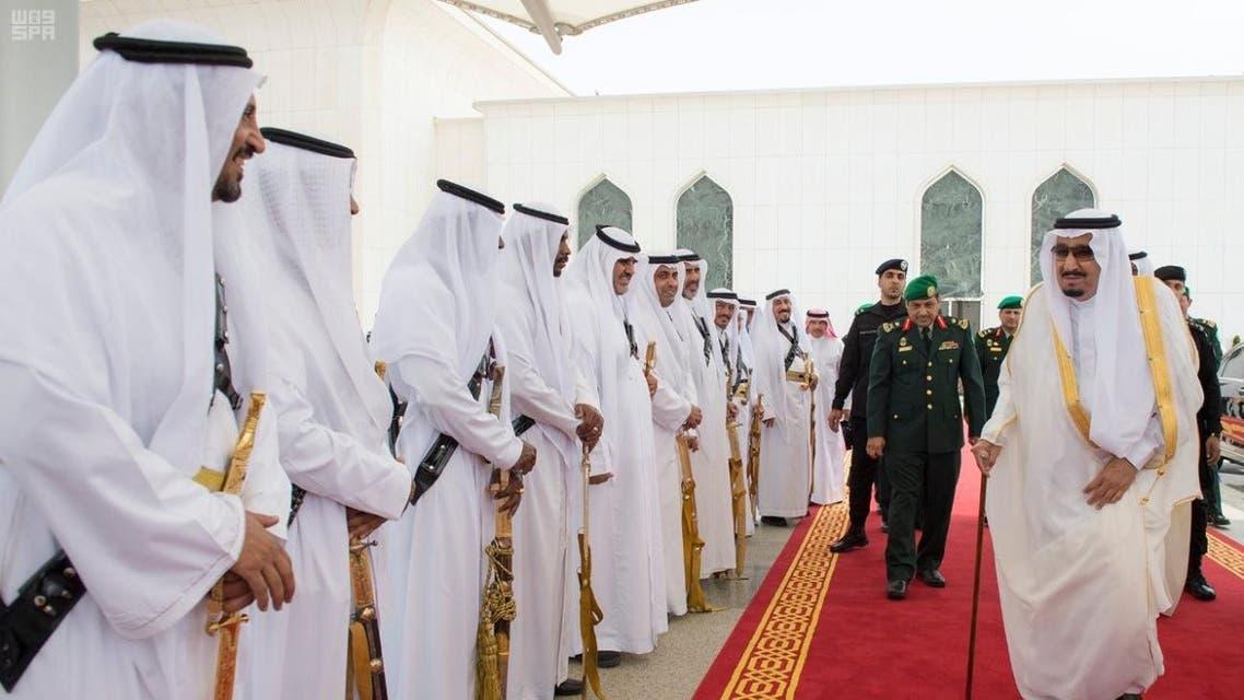 الملك سلمان يغادر إلى العاصمة السعودية