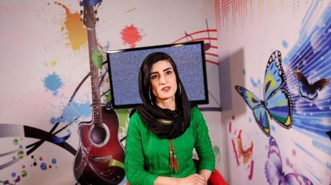 مذيعة أفغانية