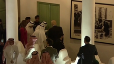 شاہ سلمان کا عبدالعزیز مرکز میں ڈونلڈ ٹرمپ کا استقبال