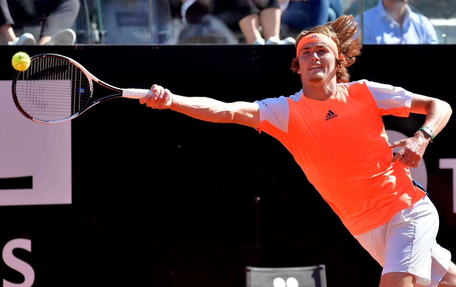 Alexander Zverev of Germany hits a return to John Isner of USA during their semi-final match at the ATP Tennis Open tournament at the Foro Italico on May 20, 2017 in Rome. (AFP)